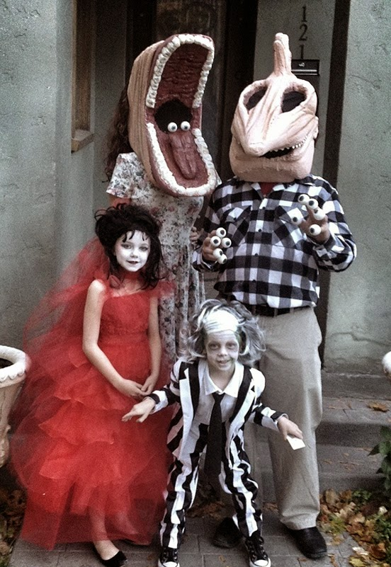 Beetlejuice Family Costume Contest.