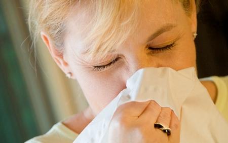 5 Cara Mudah Atasi Flu dan Batuk