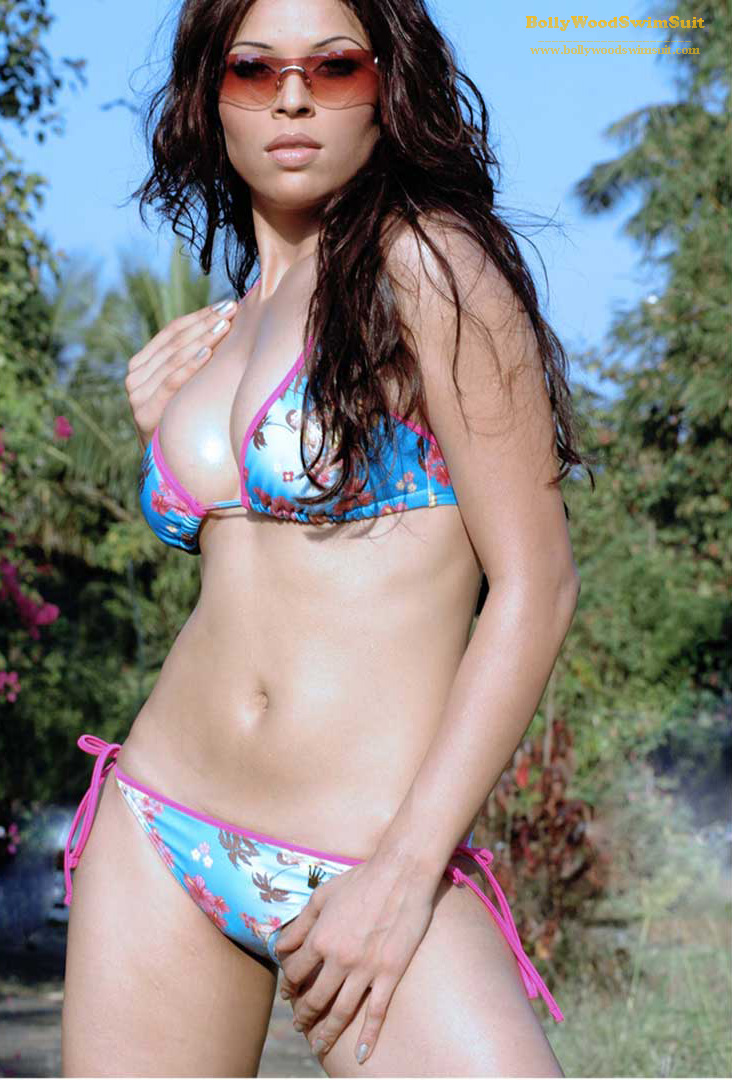 Hot Indian Models In Bikini Suits