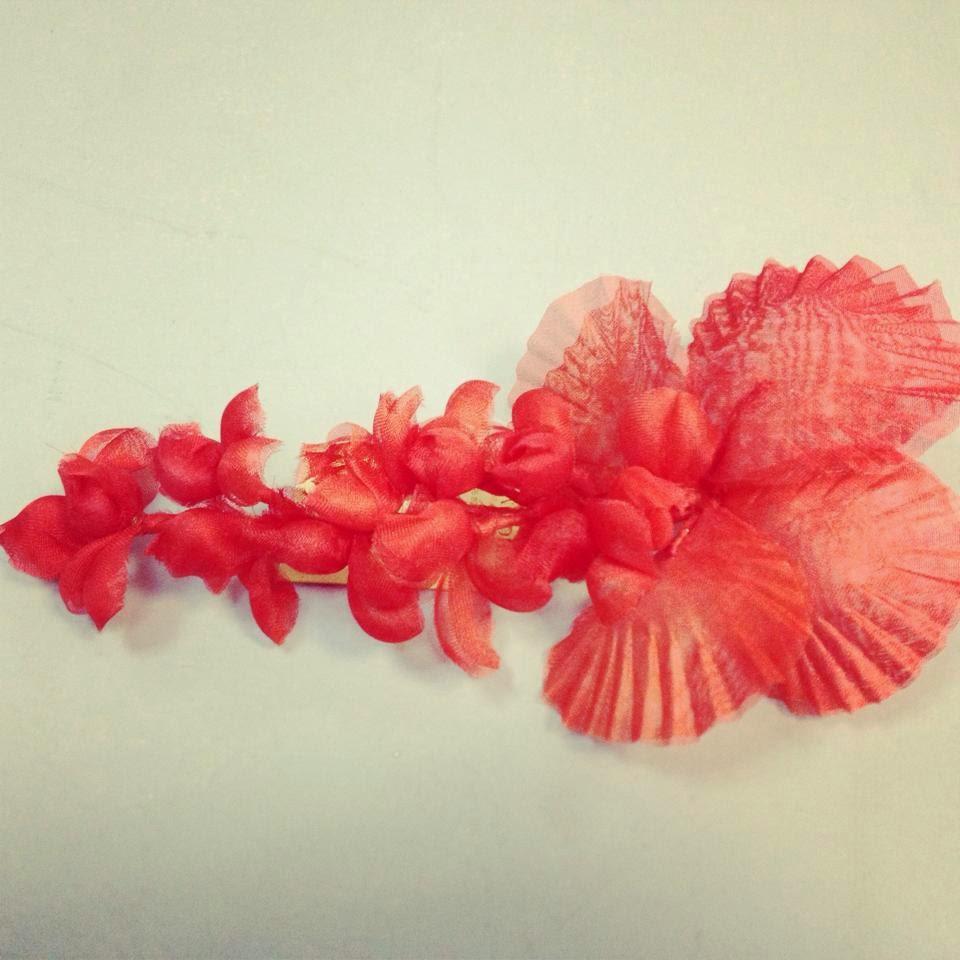Tienda Charo Agruña, tocados y flores, participa en CraftsMAD