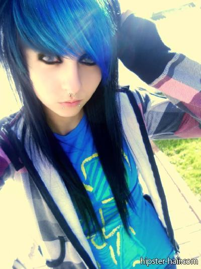 blue emo hairstyles