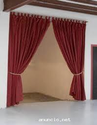 Plaza espa a la cortinas rojas for Cortinas espana