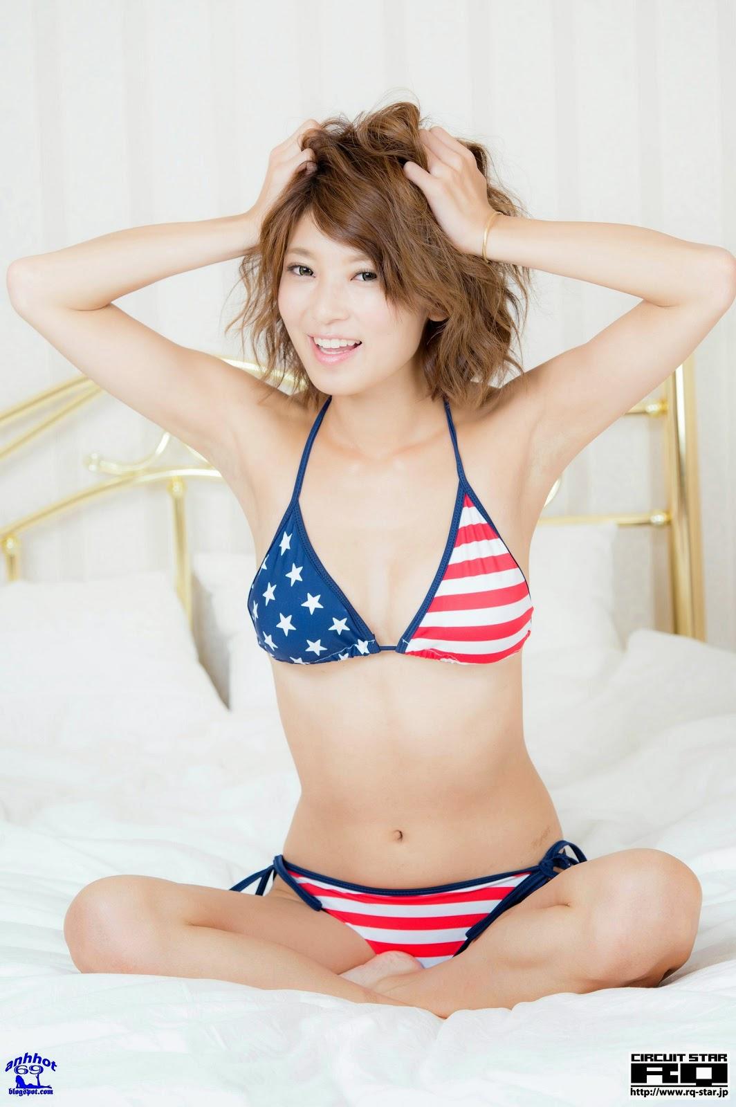 yoshika-tsujii_RQ-Star-No.965_126