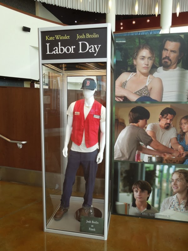 Josh Brolin Frank Chambers Labor Day movie costume
