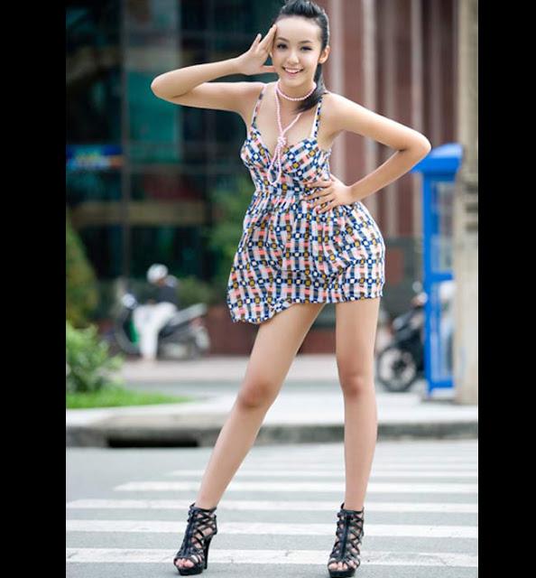 Năm 2010, Bảo Trân là cái tên được chú ý vì là chân dài nhỏ tuổi nhất sàn catwalk Việt.