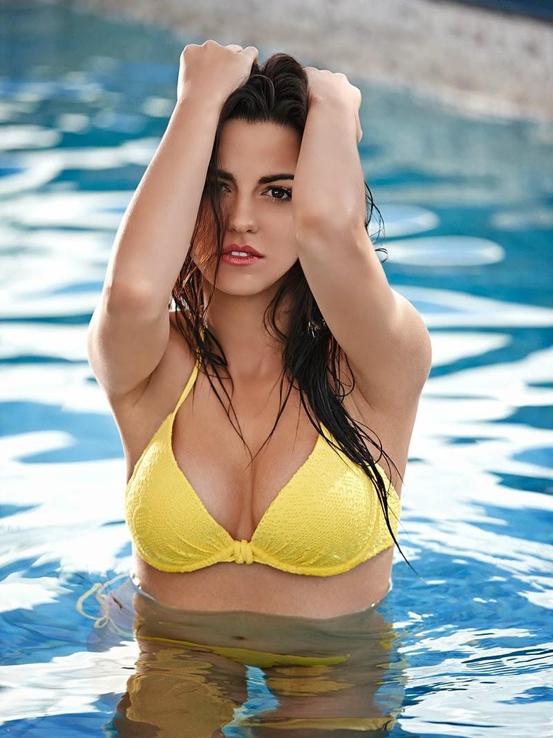 Klara Castanho Sexy Nude Photos 86
