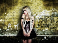 Emo chick puzzle