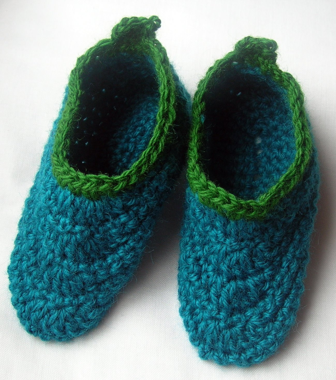 Crochet Slippers : HandSpinning Dot Com: Kids Crochet Slippers With Handspun Yarn