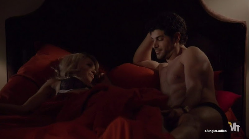 Damon Dayoub Shirtless in Single Ladies s2e02