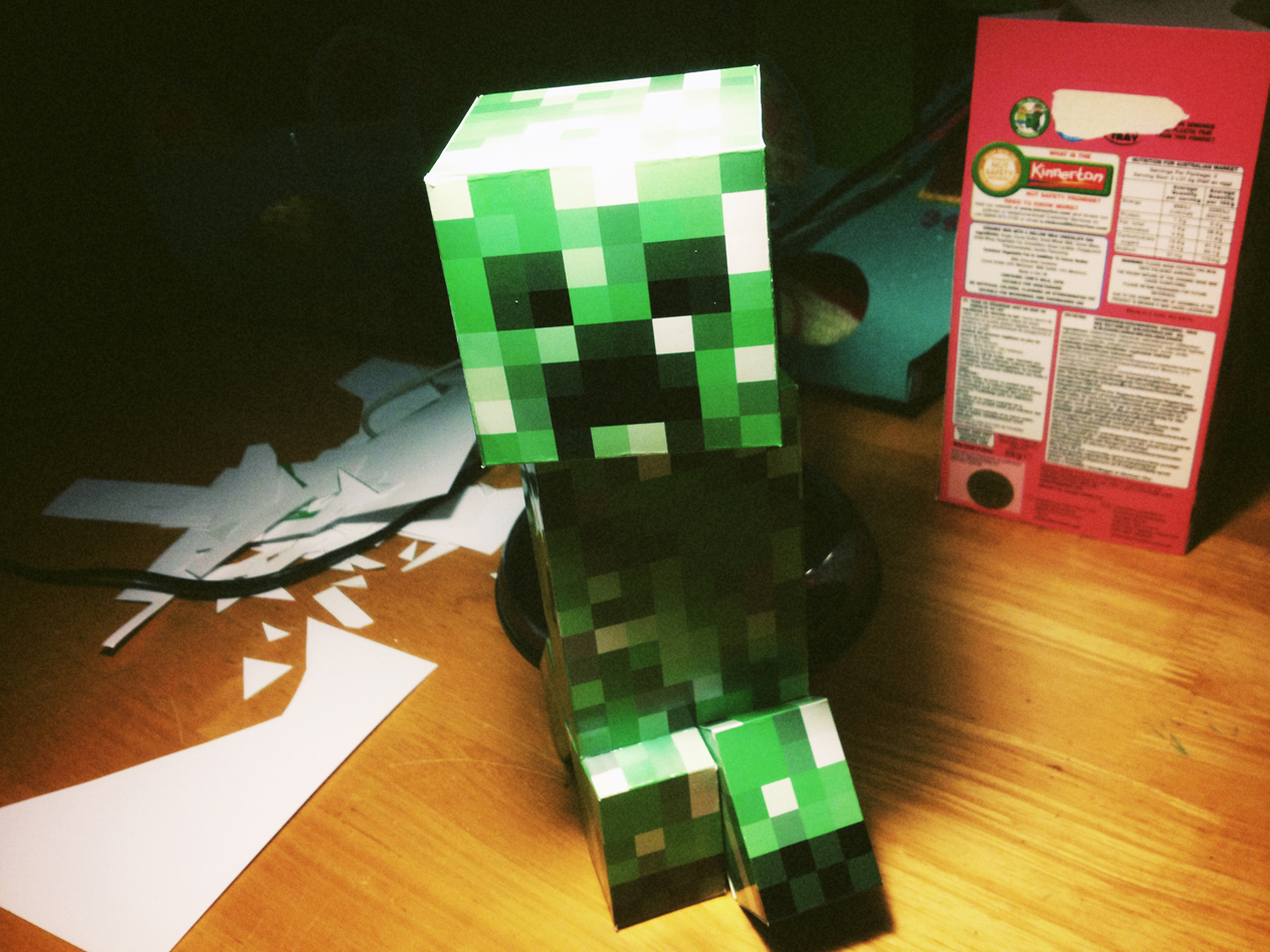 Large Completed Papercraft Creeper