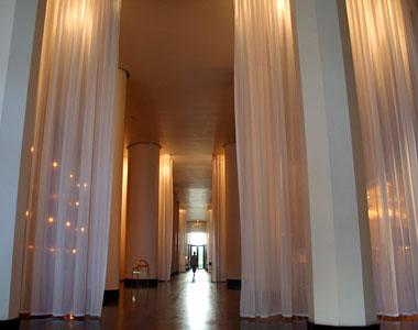 Dazulterra delano hotel for Delano hotel decor