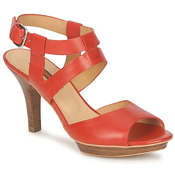 Zinda red high heel shoes with wooden heels