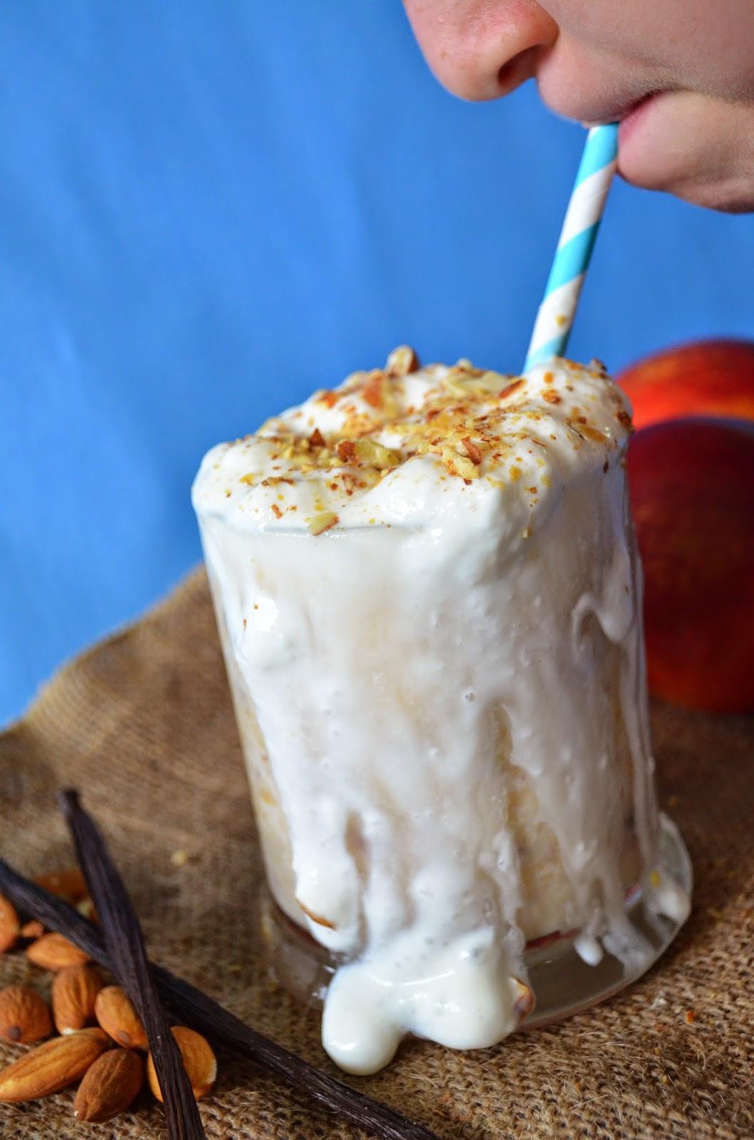 Vanilla Almond Nectarine Milkshake from Hi! It's Jilly #MyRocketShake