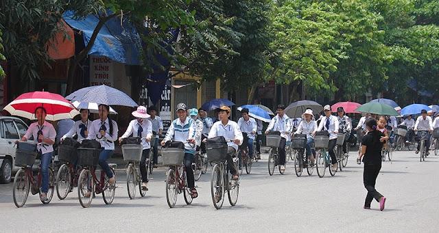 Écoliers à Ninh Binh, Vietnam