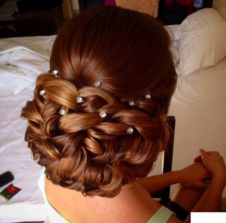 4 FAB BUN HAIRSTYLES FOR Parties