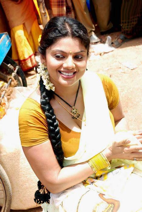 , blouse actress pics