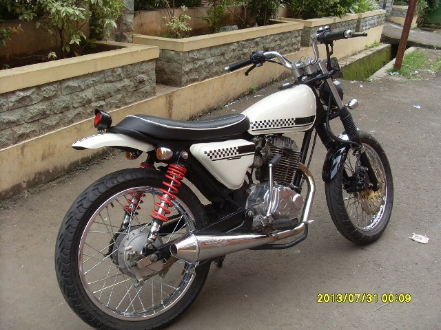 Modifikasi Honda Megapro Jap Style