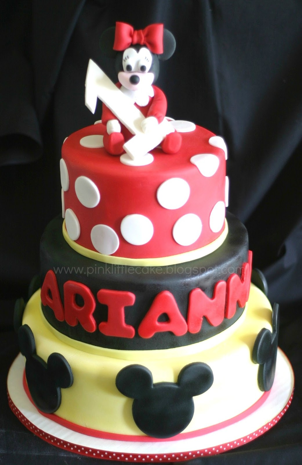 Pink Little Cake Red Pj S Baby Minnie Mouse Cake