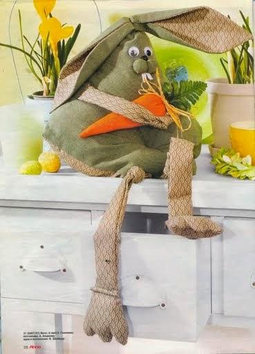 Coelho fofo de tecido com moldes