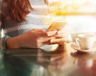En un futuro cercano los impuestos podrán pagarse desde el teléfono móvil- SAT.