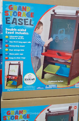 Your child can be an artist with the help of the KidKraft Grand Storage Easel