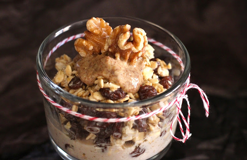 Healthy Oatmeal Raisin Cookie Overnight Dessert Oats recipe - Desserts with Benefits