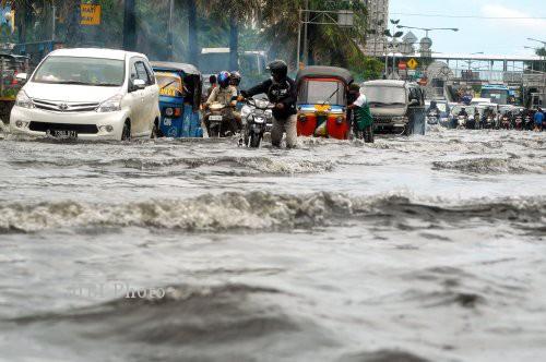 10 Titik Banjir Jakarta Hari Ini