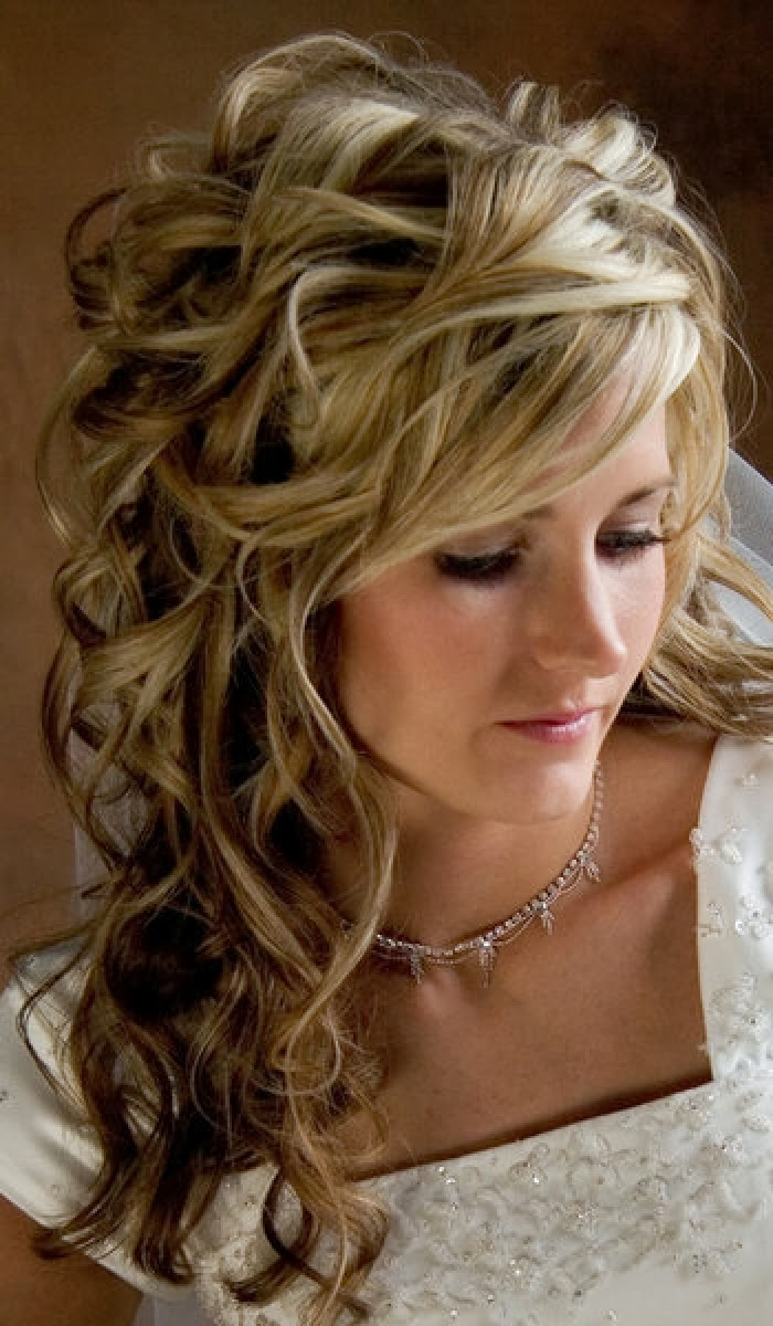 hairstyles for long hair for prom curly