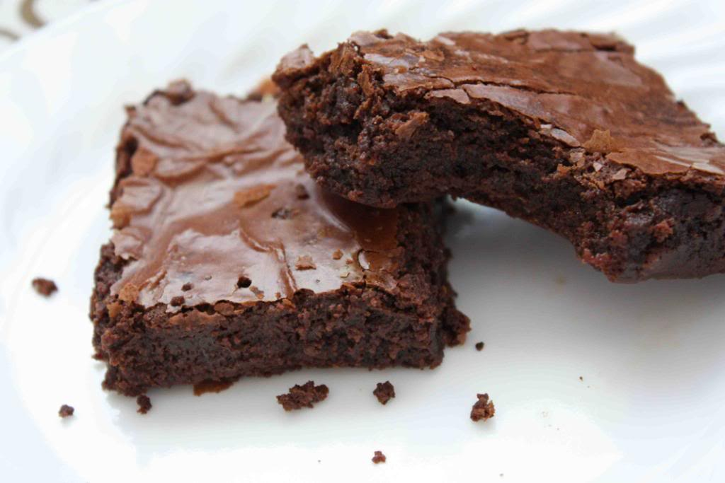Homemade Brownies [From Scratch!] | Nski Beauty