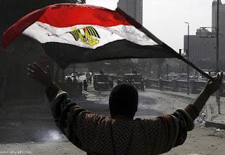 ارتفاع ضحايا أحداث العنف في مدينة بورسعيد , التي اندلعت السبت من 37 قتيلا إلى 40 قتيلا