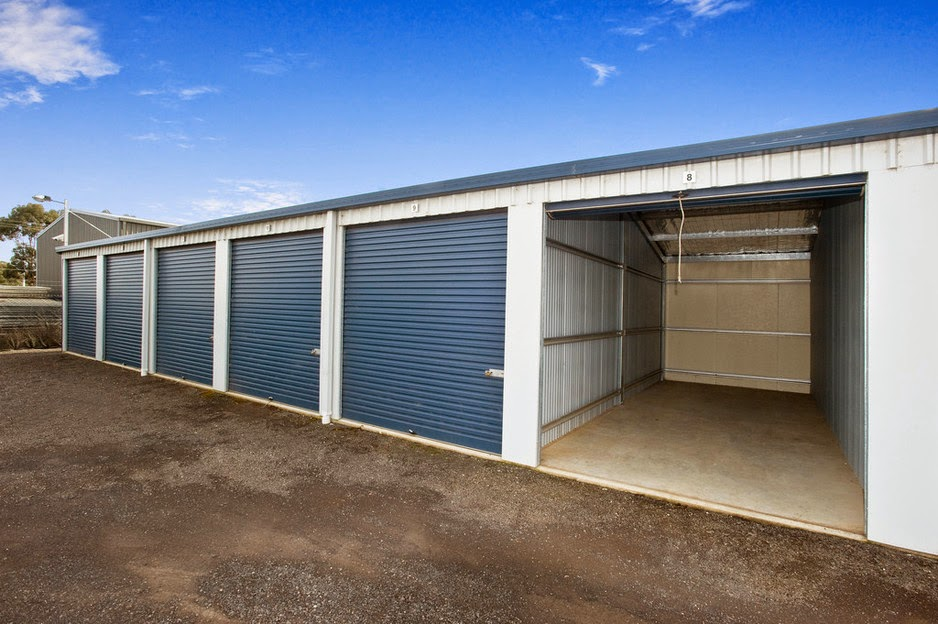 storage sheds Melton