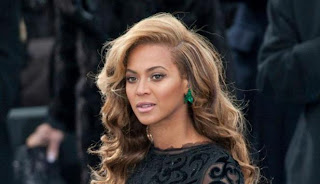 Pelantikan Obama : Beyonce Gunakan Anting RP 17, 4 Miliar