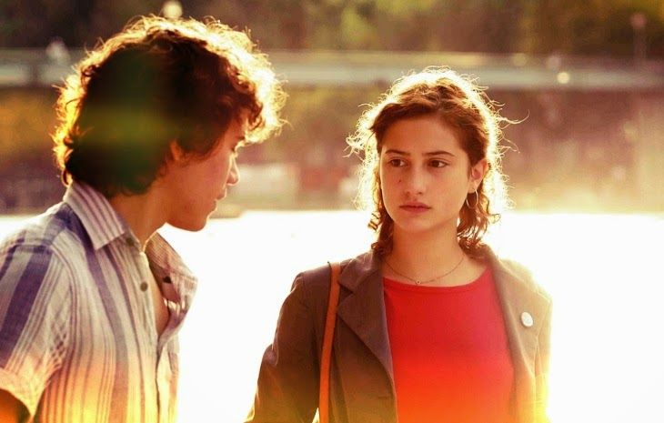 goodbye first love, un amour de jeunesse, film review, lola creton