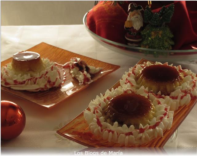 Mini tartitas de tocino de cielo sobre tarta de queso