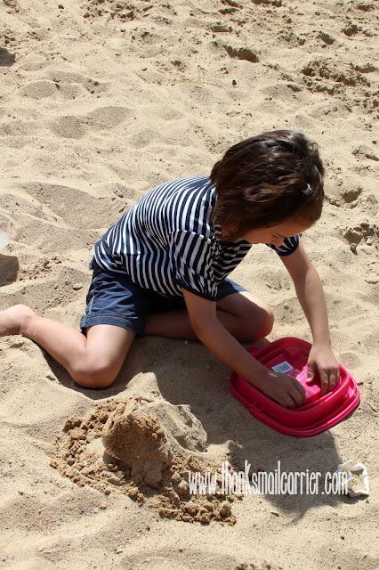 portable beach bucket