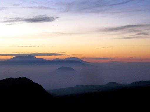 Sunrise at Kingkong Hill