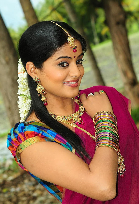Priyamani Latest Hot Blouse Stills sexy stills