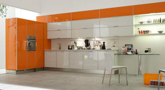 Cocinas angulares para espacios m s grandes cocinas con - Cocina blanca y naranja ...