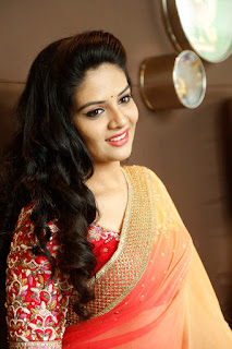 Sri Mukhi loogs gorgeous in lovely Dhup Chaon Orange Yellow Saree with Red Blouse Choli