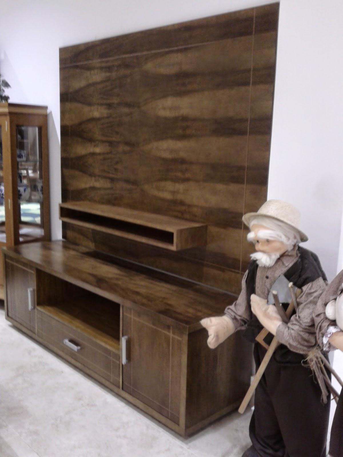 rack de madeira cor imbuia natural com painel de tv #614936 1200x1600