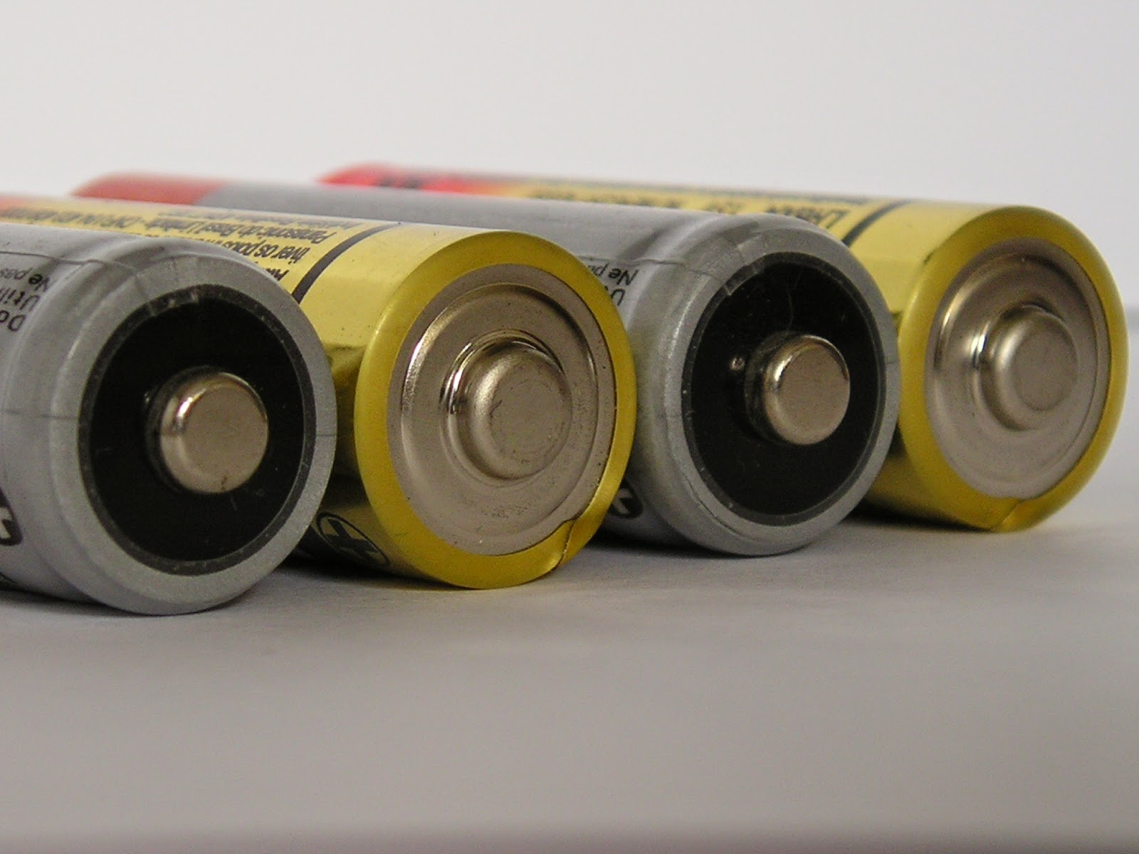 Change The World Wednesday (#CTWW) - Reusable Batteries