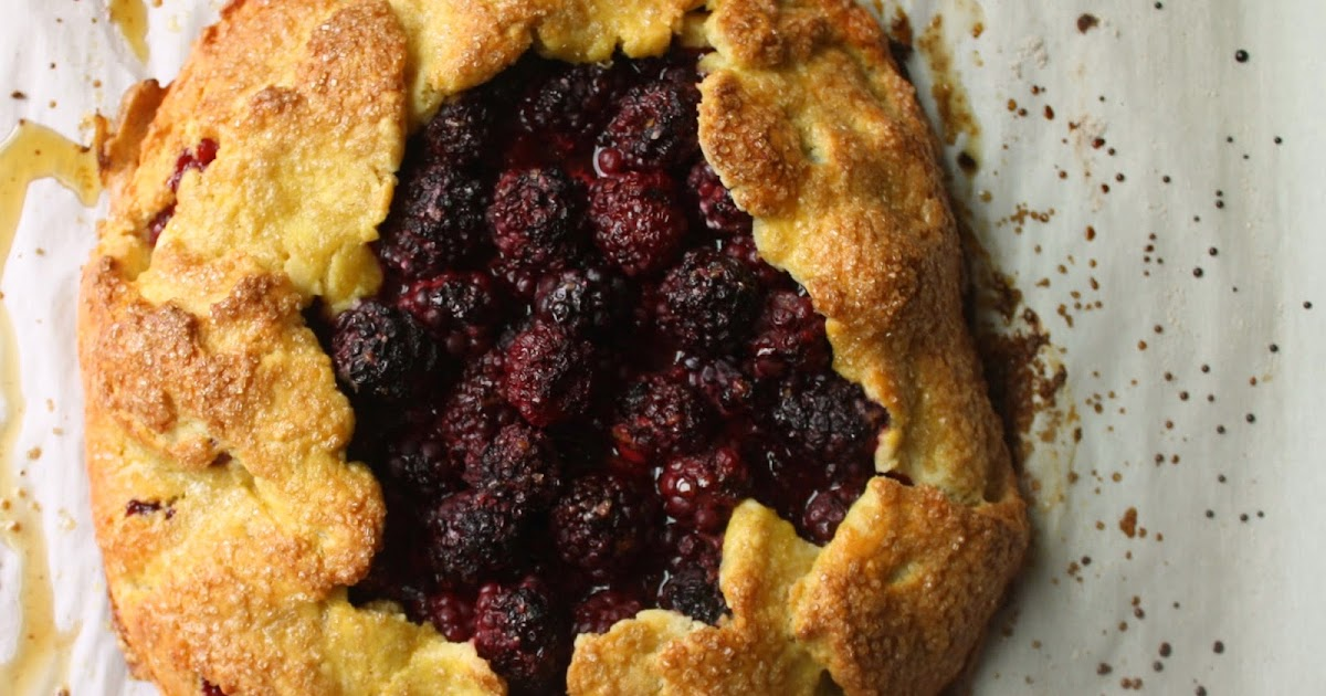 arielle clementine: Blackberry Crostata with Cornmeal ...