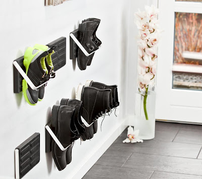wall-mounted shoe storage - single pair of shoes