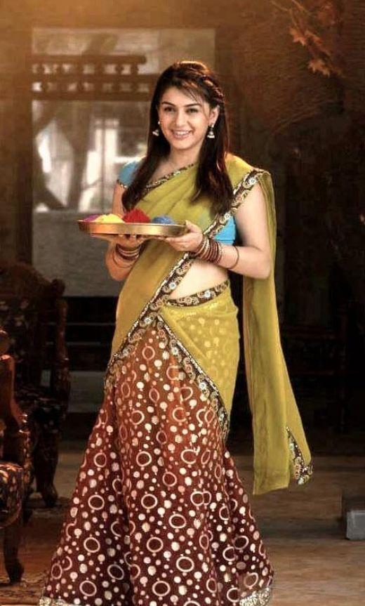 Indian actress Hansika Motwani in traditional style