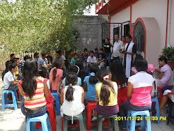 Agasajo a los niños acompañantes a las posadas durante el mes de Diciembre del 2011