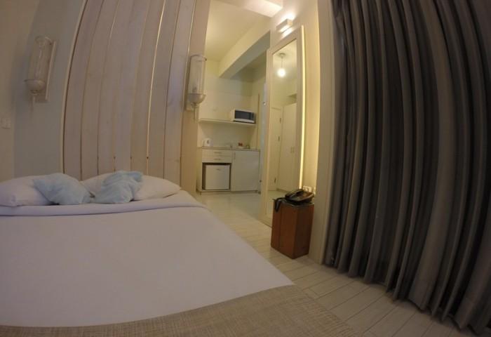 חדר קומפורט זוגי במלון see the sea תל אביב