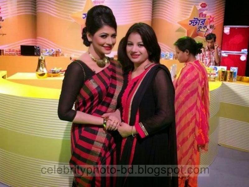 Most+Popular+Female+Bangladeshi+News+Presenter+Farhana+Nisho's+New+Hot+Photos+Collection003