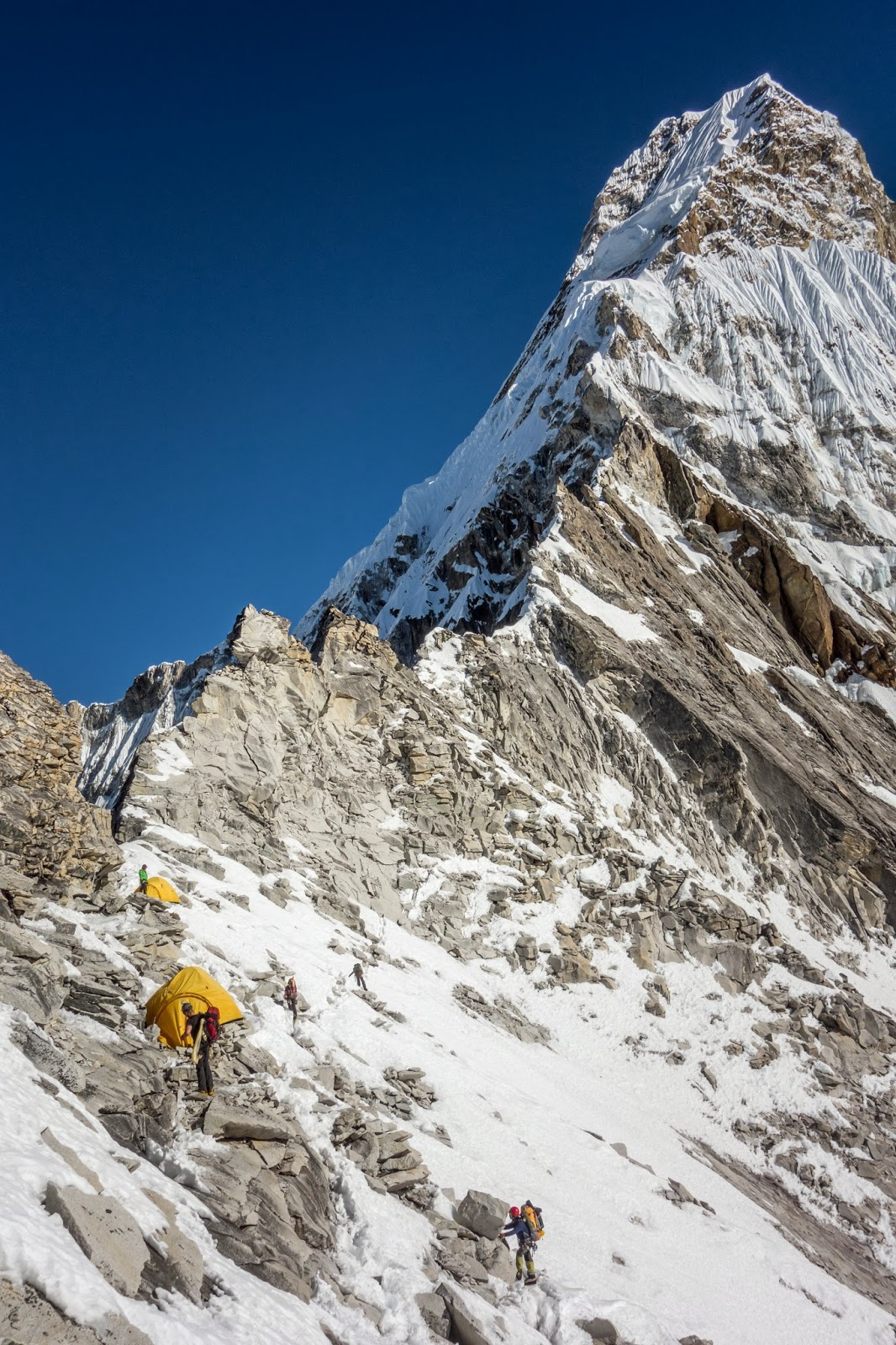 Route from Camp 1 on Ama Dablam