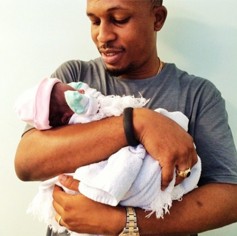 Awww, proud papa. Naeto C shares photo of his new born daughter
