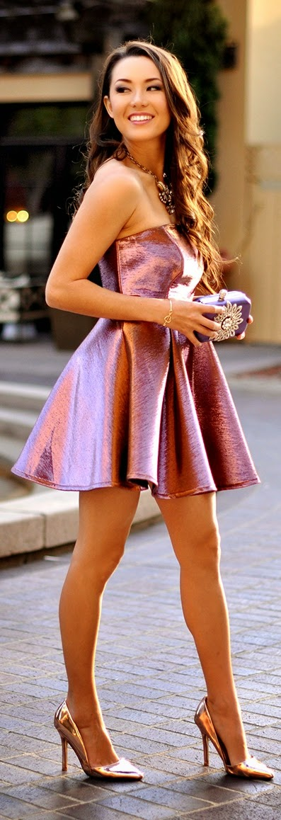 Little Pink Metallic Dress with Gold Pumps | Chic Street Outfits
